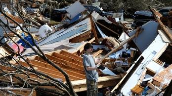 Fatal winter tornado devastates Alabama town