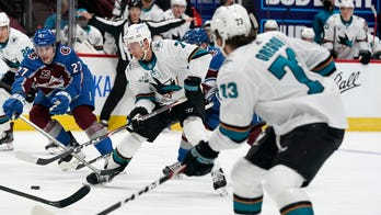 Saad scores twice, Avalanche rout Sharks 7-3