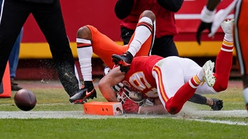 Browns on wrong end of NFL fumble rule, fans point out potential missed call