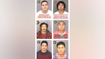 Manhunt for California inmates who escaped jail using 'homemade rope'