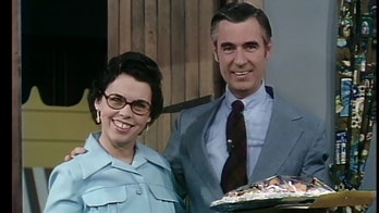 Joanne Rogers, TV icon Mr. Rogers' widow, dead at 92