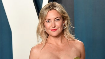 Kate Hudson discusses 'estrangement' from father's family: 'Family relationships are challenging'