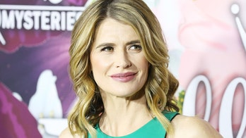 Kristy Swanson defends Trump from 'cancel culture,' demands to be removed from John Hughes films