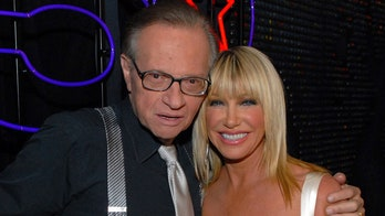 Larry King remembered by Suzanne Somers: 'Not many people like him'