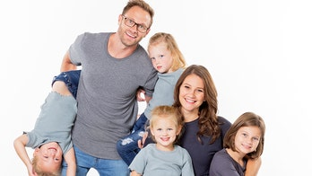 'OutDaughtered' star Danielle Busby's husband asks for prayers amid her mystery illness and 'invasive test'