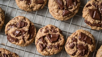 How to store homemade cookies to maximize freshness