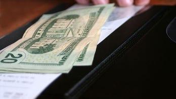 Colorado family leaves $2,021 tip for restaurant staff to split