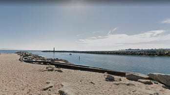 12 children in California rescued after sailboats capsize