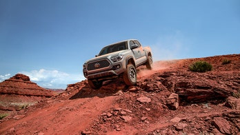 Toyota Tacoma, Mitsubishi top 'check engine' light vehicle health report