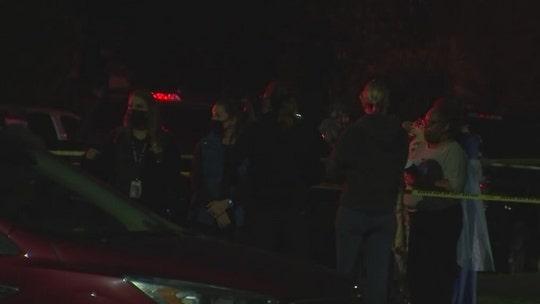 Austin SWAT standoff outside children's medical center leaves 2 dead, police say