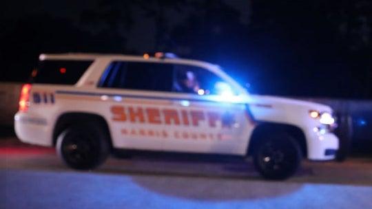 Houston deputy shot in both hands, manhunt for suspect intensifies