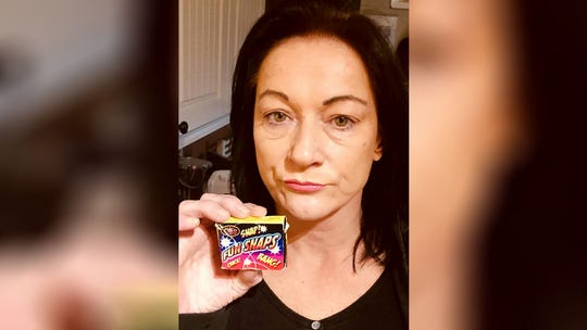 British woman burns mouth, cracks tooth after mistaking 'poppers' for candy