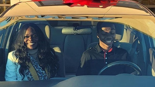 Georgia student who walked 7 miles to work each day receives new car through woman's act of kindness