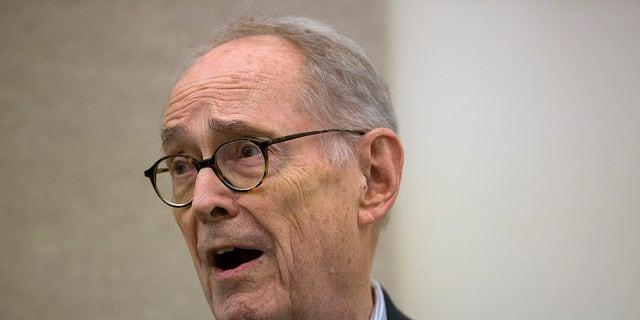 <br> Former Pennsylvania Gov. Dick Thornburgh speaks in Middletown, Pa., March 28, 2014. (Associated Press)