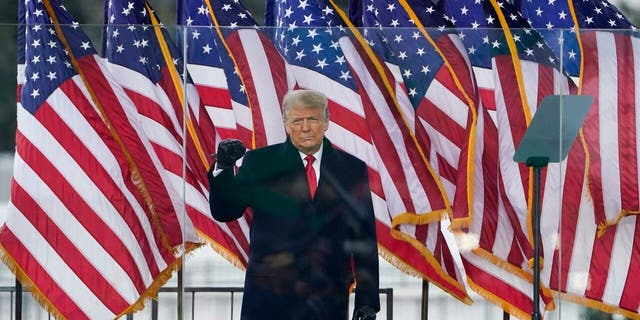 President Donald Trump arrives to speak at a rally Wednesday, 一月. 6, 2021, 在华盛顿. (美联社照片/杰奎琳·马丁)