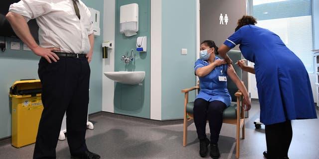 Coronavirus: Boris Johnson orders new national lockdown
