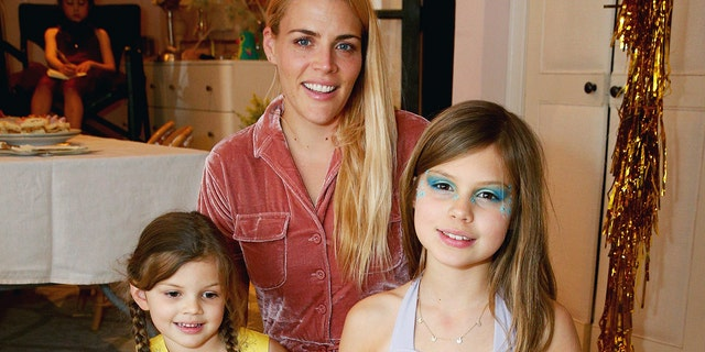 Busy Philipps (center) with her kids Cricket Pearl Silverstein (left), and Birdie Leigh Silverstein (right) in 2017. (Rich Fury/Getty Images for MGA/L.O.L. Surprise!)