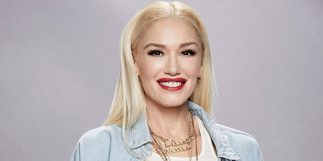 Gwen Stefani, known for her signature blonde hair, caught fans by surprise when she debuted a new dark bob look.