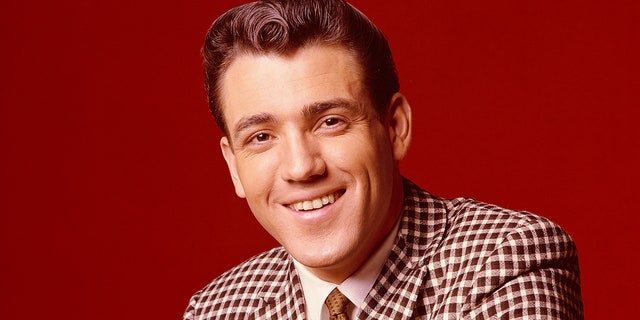 流行歌手吉米·罗杰斯(Jimmie Rodgers)死于 87. (Michael Levin / Corbis摄影:Getty Images)