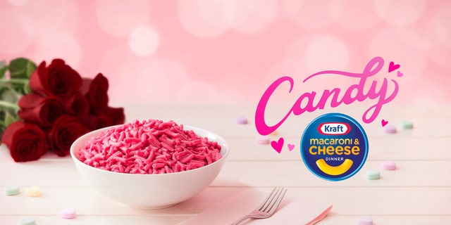 "Kraft Mac &앰프; Cheese is launching a limited-edition macaroni and cheese dish that will include a ""candy flavor packet"" that turns its noodles pink and adds a sweet flavor. (The Kraft Heinz Foods Company)"