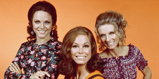 'The Mary Tyler Moore Show' stars (left to right) Valerie Harper, Mary Tyler Moore and Cloris Leachman. (Photo by CBS via Getty Images)
