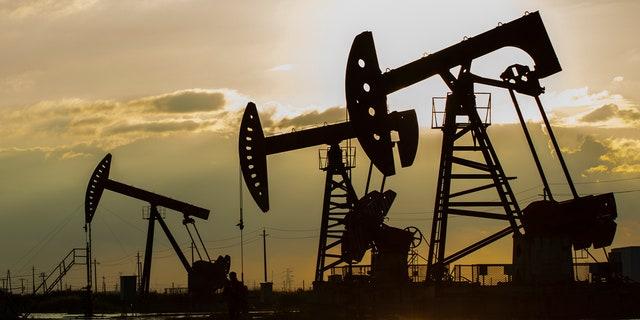 Oil rigs (iStock)