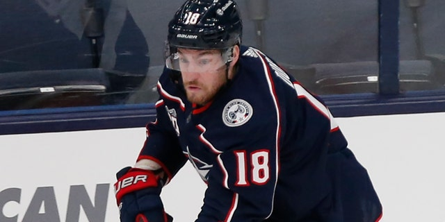 Blue Jackets to trade Dubois to Jets for Laine, Roslovic