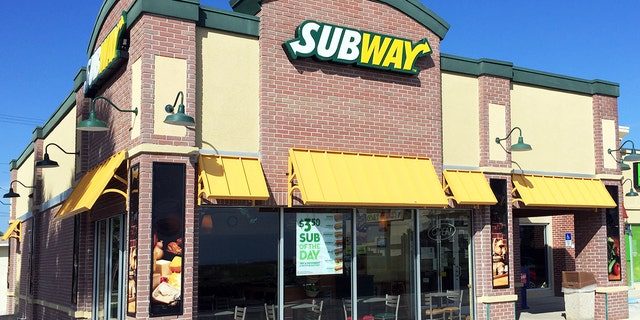 Subway says something stinks about the lawsuit accusing it of not using tuna in its tuna sandwiches.