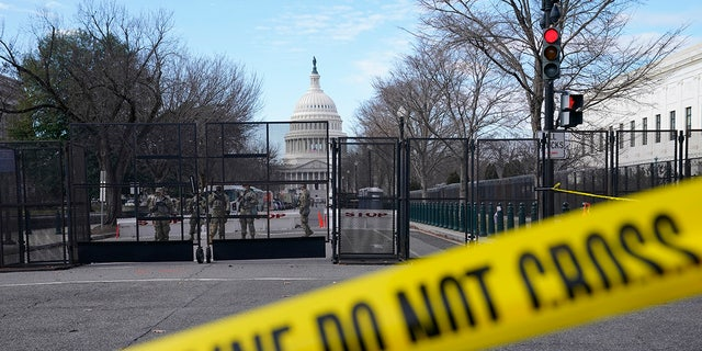 Security is increased around the Capitol ahead of the inauguration of President-elect Joe Biden and Vice President-elect Kamala Harris, Sunday, Jan. 17, 2021, in Washington, Sunday, Jan. 17, 2021. (AP Photo/John Minchillo)