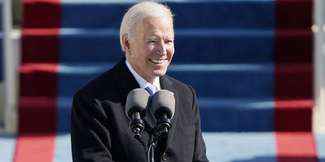 President Joe Biden speaks during the 59th Presidential Inauguration at the U.S. Capitol in Washington, 수요일, 1 월. 20, 2021.(AP 사진 / 패트릭 세만 스키, 풀)