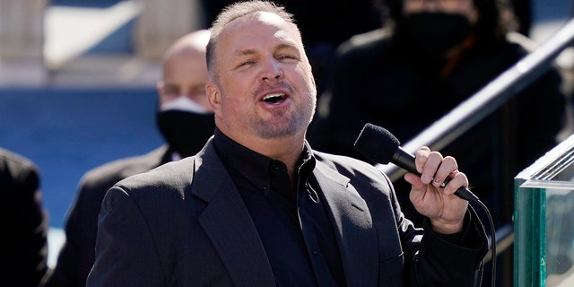 <br> Garth Brooks performs at the inauguration of U.S. President Joe Biden on the West Front of the U.S. Capitol on Jan. 20, 2021 in Washington, DC. (Getty Images)