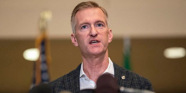 Portland Mayor Ted Wheeler speaks to the media on Aug. 30, 2020. (Photo by Nathan Howard/Getty Images)
