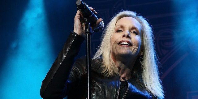 Cherie Currie remembered her late mom Marie Harmon in a statement to Fox News. The '40s Western actress died in Los Angeles on Friday.