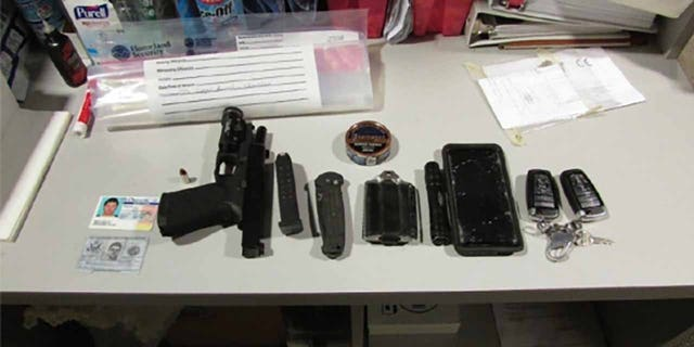 Items seized from Melby after arrest. (Amerikaanse. Attorney's Office, District of Oregon)
