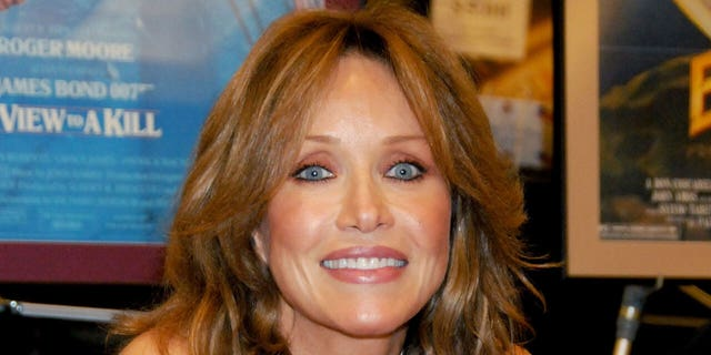Tanya Roberts poses at the Hollywood Collectors & Celebrities Show at the Burbank Airport Marriott Hotel & Convention Center in Burbank, California on July 18, 2009. (Photo by Gregg DeGuire/FilmMagic)