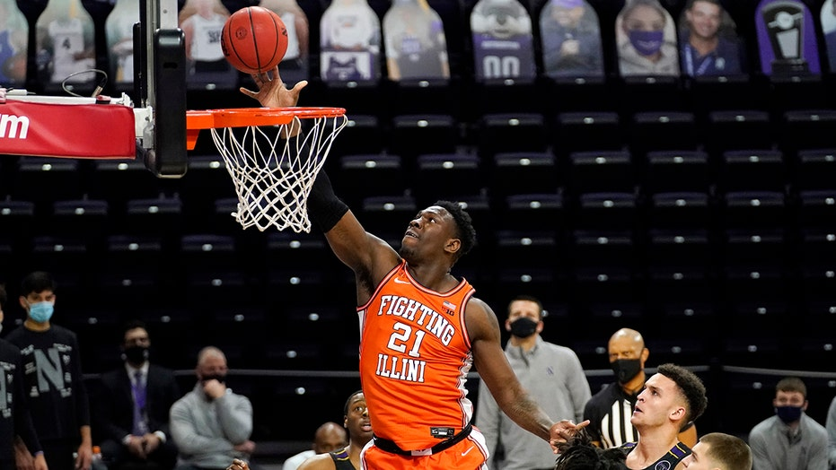 Cockburn leads No. 12 Illinois past Northwestern 81-56