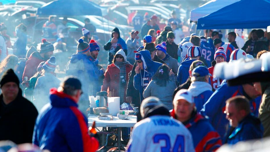 Petition would ban NY Gov. Cuomo from attending Buffalo Bills playoff game
