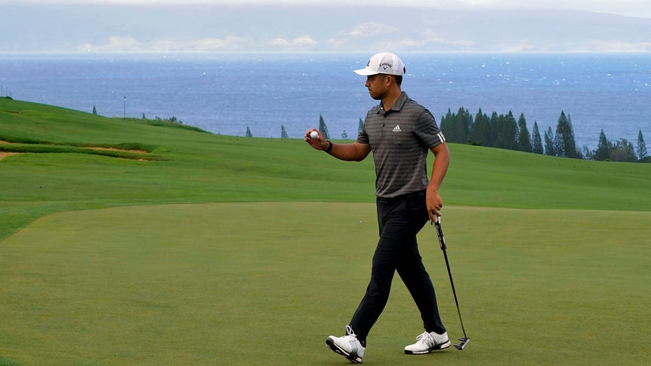 Familiar place, unfamiliar faces at Kapalua to start year