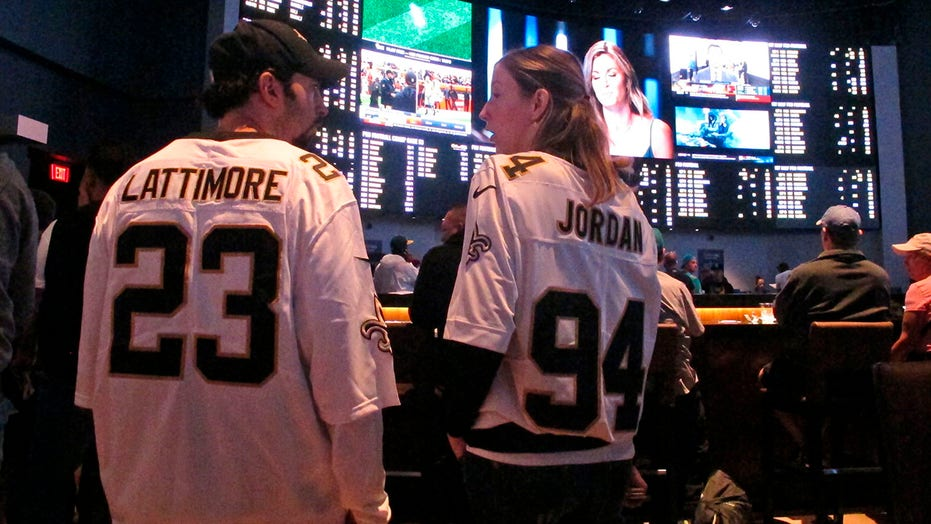US sports bet revenue could hit $3B in 2021; NY backs mobile