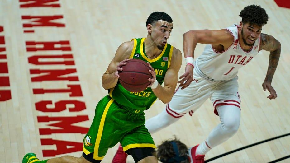 Duarte scores 25 아니오로. 17 Oregon beats Utah 79-73