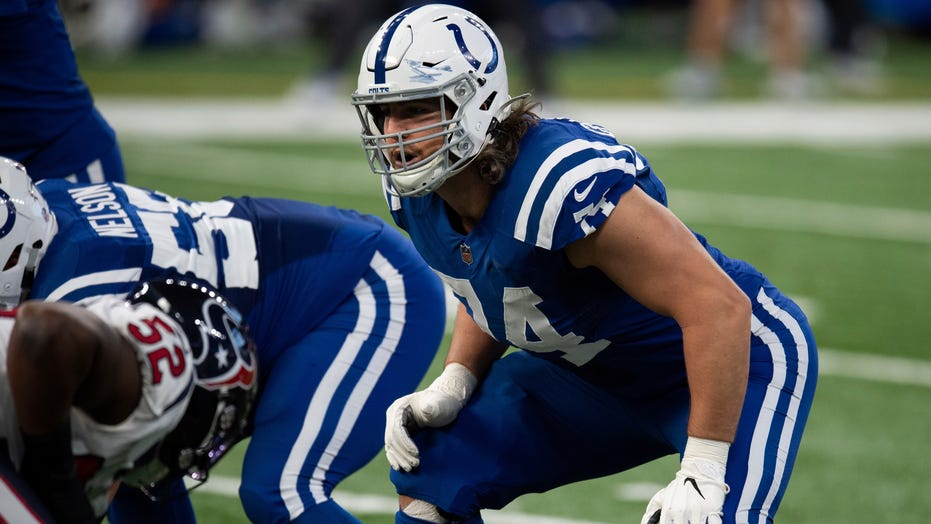 Colts' Anthony Castonzo retires after 10 years, 144 starts: 'This is the best organization in all of sports'