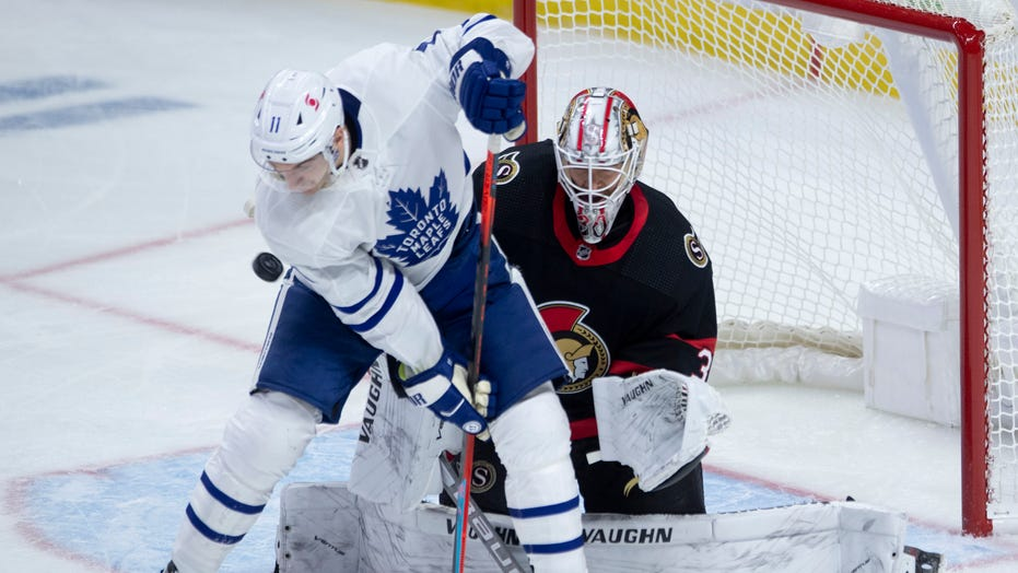 Thornton scores 1st goal for Toronto in win over Senators