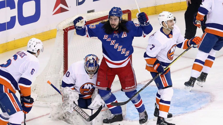 Buchnevich, Panarin lead Rangers to 5-0 win over Islanders