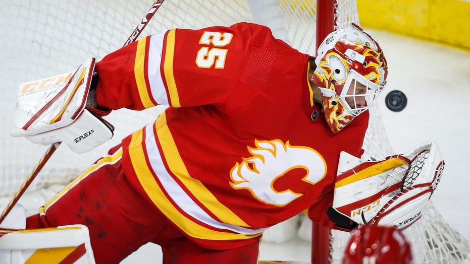 Markstrom records shutout, Flames top Canucks 3-0