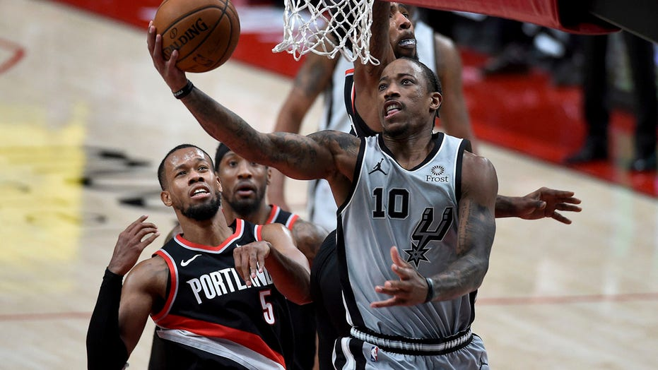 Aldridge, DeRozan lead Spurs over Trail Blazers 125-104