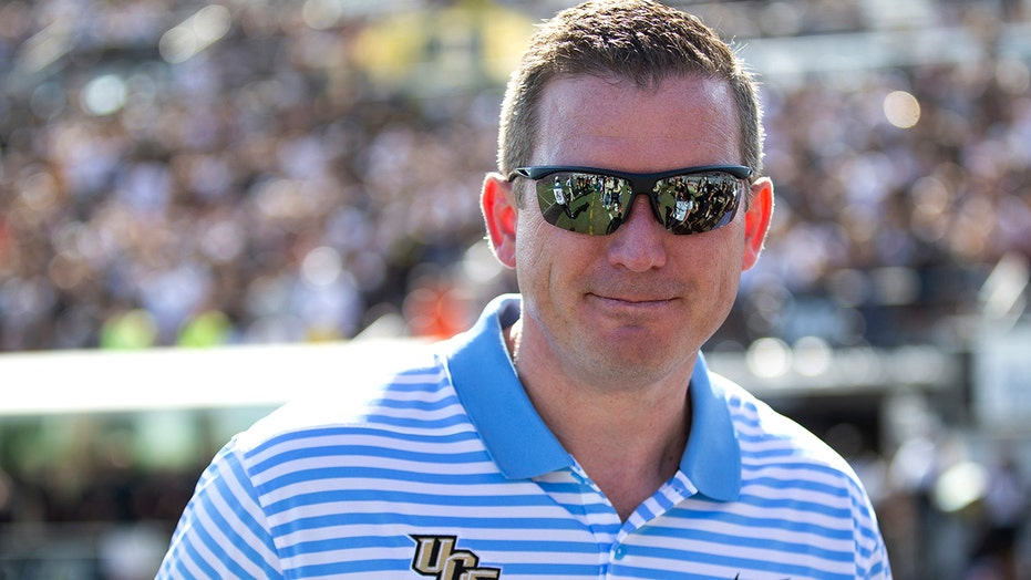 Tennessee moves quickly, hires UCF's Danny White as new AD