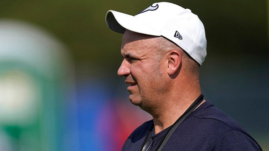 Bama hires ex-Texans coach O'Brien as offensive coordinator