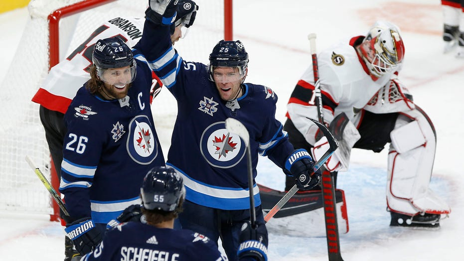 Jets score 4 in third period, beat Senators 6-3