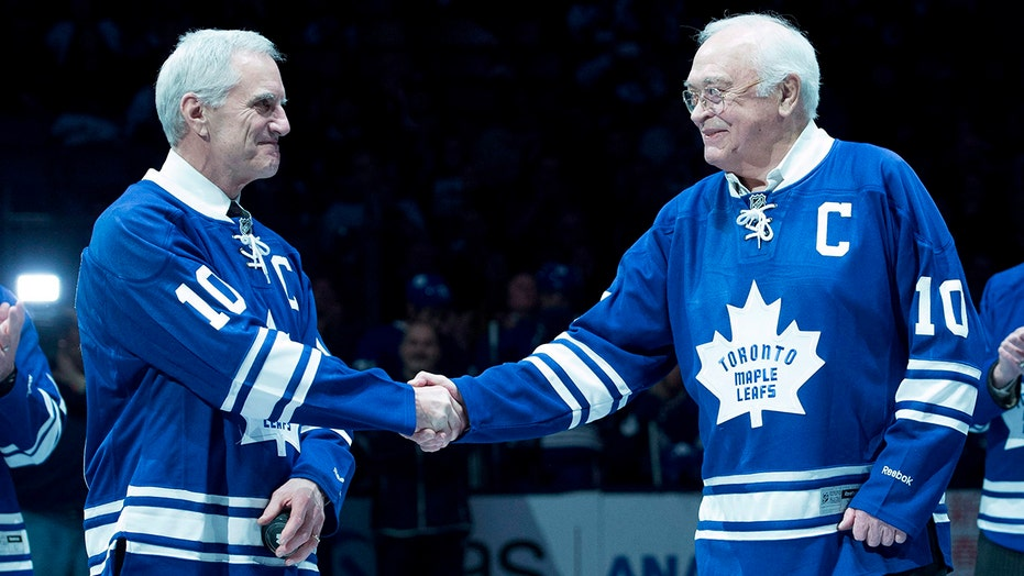 Hockey Hall of Famer George Armstrong dies at 90