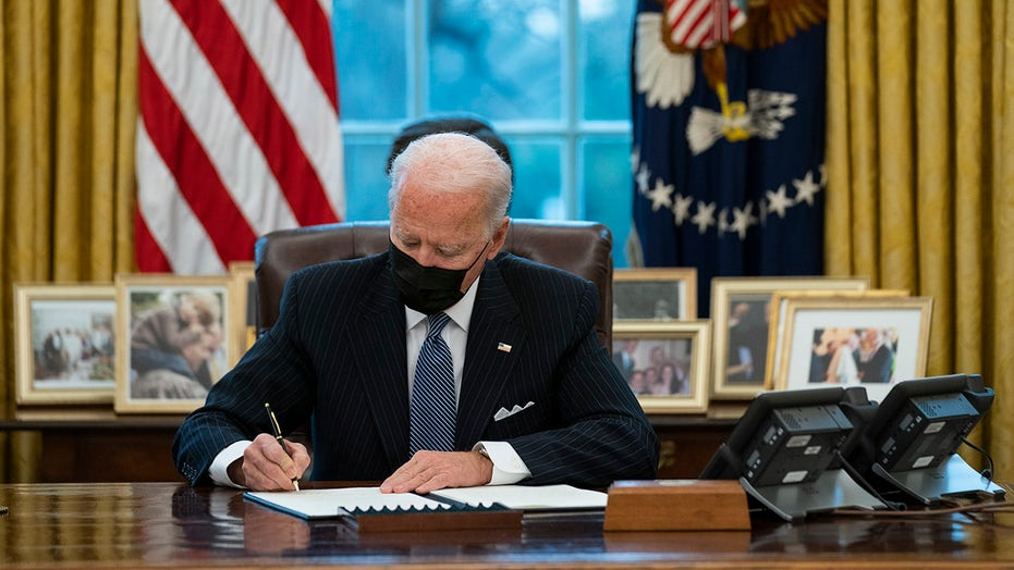 Biden signs executive order expanding Affordable Care Act enrollment, reversing Trump policy on abortion